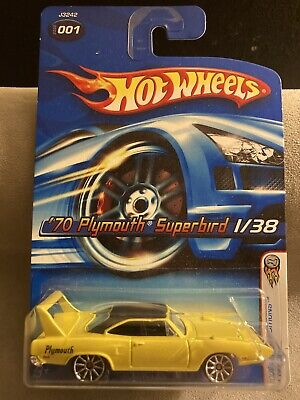 Hot Wheels 2006 First Editions 1/38 '70 Plymouth Superbird (Yellow, 10 Spoke)