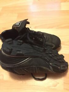 Wilson size 3 cleats