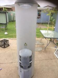 Rheem gas hot water system Casula Liverpool Area Preview