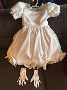 Jolie robe pour fillette