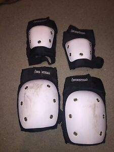 KNEE AND ELBOW PADS FOR SALE Aberfoyle Park Morphett Vale Area Preview