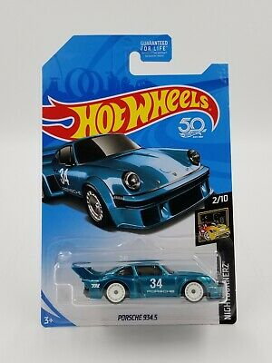 2018 Hot Wheels Super Treasure Hunt Porsche 934.5 with Protector