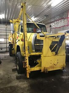 Parting out L9000 plow truck