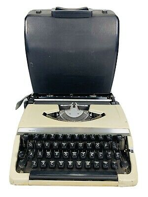 Sears - Portable Manual Typewriter - 268.52100 with Correction - Case Included.