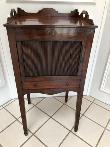 OUTSTANDING ANTIQUE ENGLISH MAHOGANY END SIDE TABLE CABINET NIGHTSTAND VICTORIAN