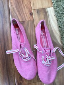 NWT Keds ladies sneakers size 9