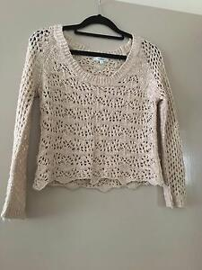 AUS Size Sml Nude/Beige Knitted Jumper Loganholme Logan Area Preview