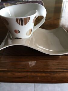 2 Villeroy & Boch latte cups with integrated serving dish