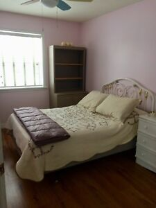 Lovely home in Timberlea offering room to rent !