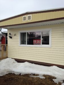 2 or 3 Bedroom Mobile Home for Rent