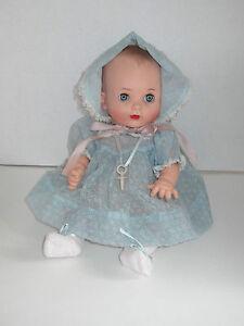 Vintage-Effanbee-My-Fair-Baby-13-Doll-w-Pacifier-Adorable-Dress-Bonnet-Set