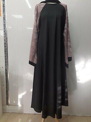 Abaya with scraf