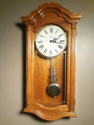 BEAUTIFUL! Howard Miller Dual Chime Lambourn II Wall Clock Model No. 620-222