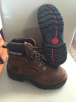 Ladies Mack Steel Toe Boot UK 4 never worn Aubin Grove Cockburn Area Preview