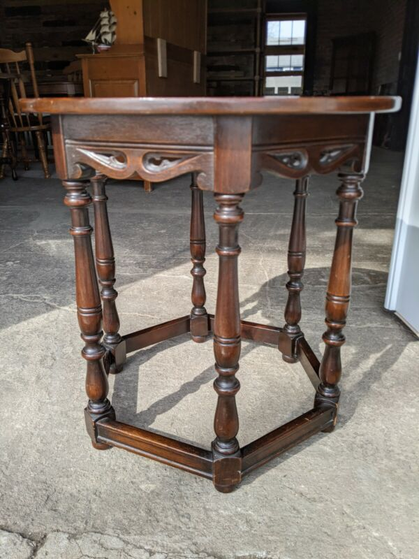 Ornate Antique Round Side Table, 22 inch diameter