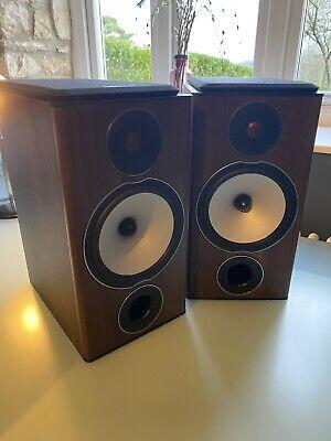 Monitor Audio Bronze 2 speakers in Walnut ( Pair )