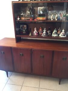Walnut wood hutch and cabinet