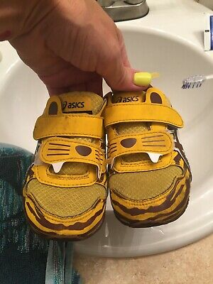 Asics Tiger Shoes, Toddler Size 6, Unisex.  Gently used. Limited - Toddler Tiger