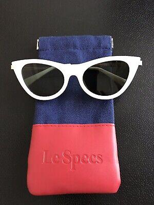 Le Specs Sonnenbrille Damen, Weiß, Schmetterlings-Form, 50er Jahre Style,wie NEU