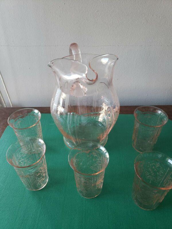AMERICAN SWEETHEART JUICE PITCHER W/ FIVE JUICE GLASSES