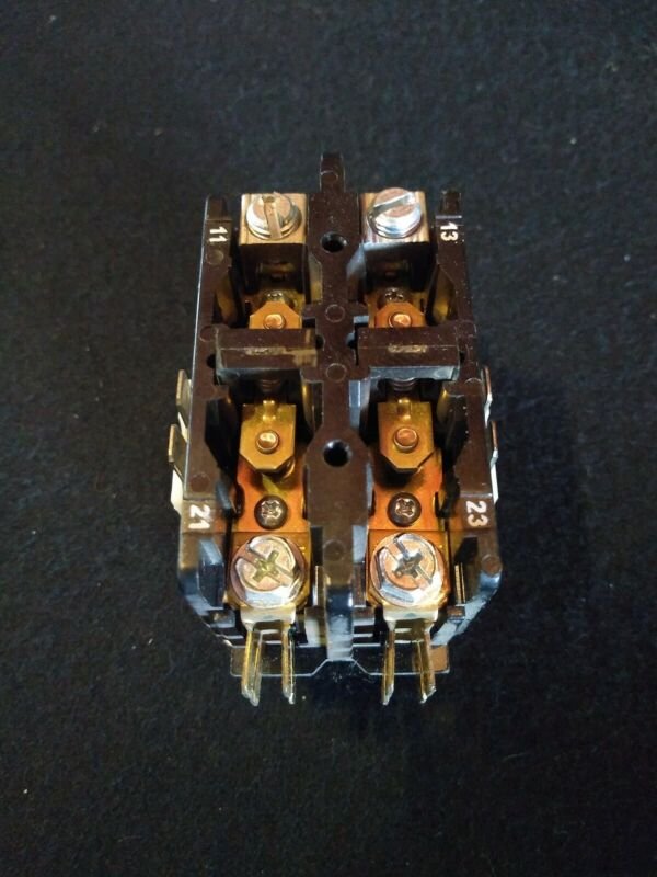 TYCO ELECTRONICS 3100-20Q628L, HN52TC024 CARRIER CONDENSER CONTACTOR