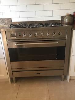 Ikve Free standing oven