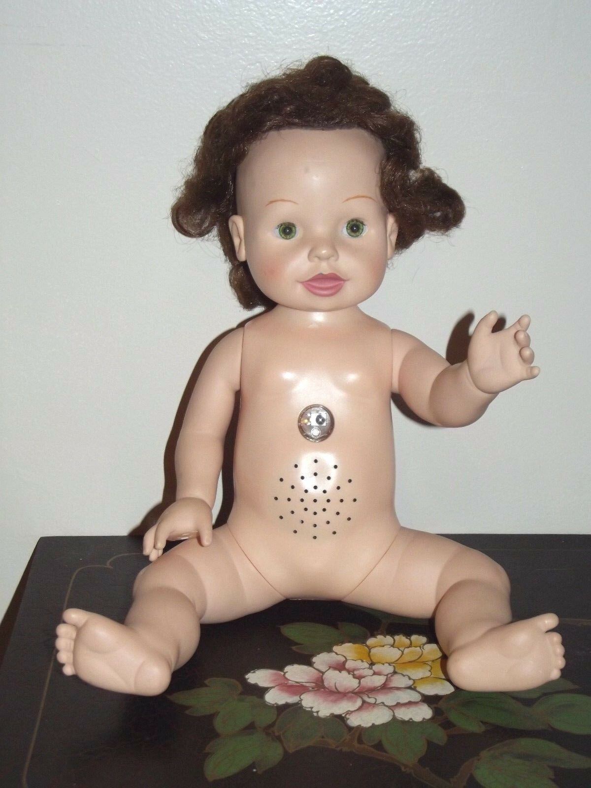 2000 Playmates Amazing Babies Smart Response System- Interactive Doll!
