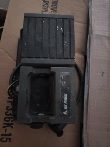 Single Radio Vehicle Charger, LAA0355