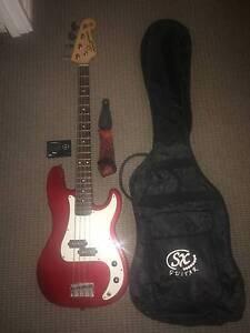 Bass Guitar and Amp Bickley Kalamunda Area Preview