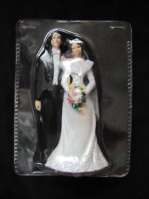 NEW Wilton Wedding Cake Topper BRIDE GROOM Brunette White 4.5