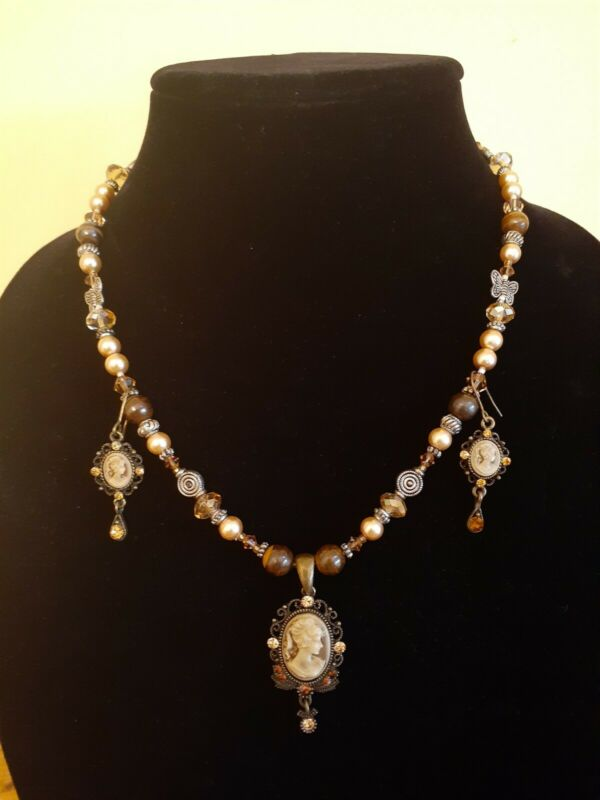 Vintage Handmade Cameo Necklace and Earrings Set. Goldtone with Brown beads