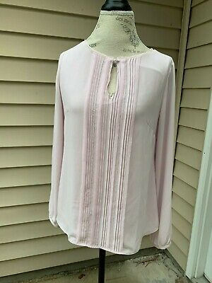 Pintucked Drop ($80 White House Black Market Celeste Pintucked Pearl blouse Pale Pink Wisteria 6 )