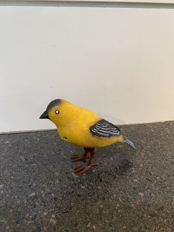 Vintage American Gold Finch Yellow Singing Bird Motion Sensor