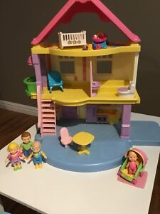 "Fisher Price ""My First Dollhouse"""