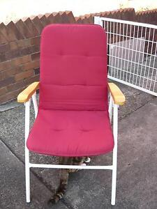 FOLD UP ALUMINIUM FRAME / PADDED CHAIR Bardwell Park Rockdale Area Preview