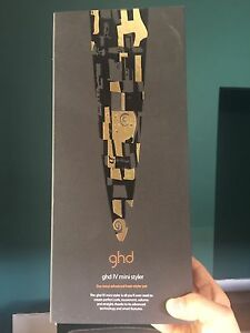GHD - hardly used, perfect cond Floreat Cambridge Area Preview