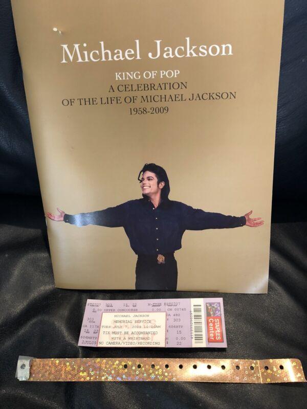 MICHAEL JACKSON STAPLES MEMORIAL PROGRAM, TICKET & WRISTBAND 2009