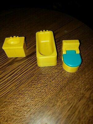 Vintage Fisher Price Little People Yellow Toilet Blue Seat Sink Bathtub (6