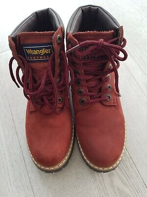 Wrangler women thermal lace up leather red colour boots size UK -