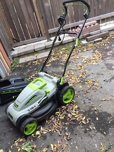 Lawnmower electric 3 in 1  call 514-966-0913