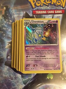 Stack of 100 Pokémon TCG cards (NM/M)