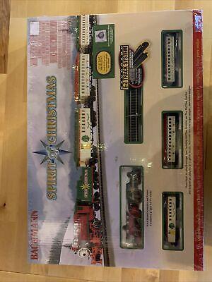 Bachmann Spirit of Christmas N-Scale Electric Train Set 24017