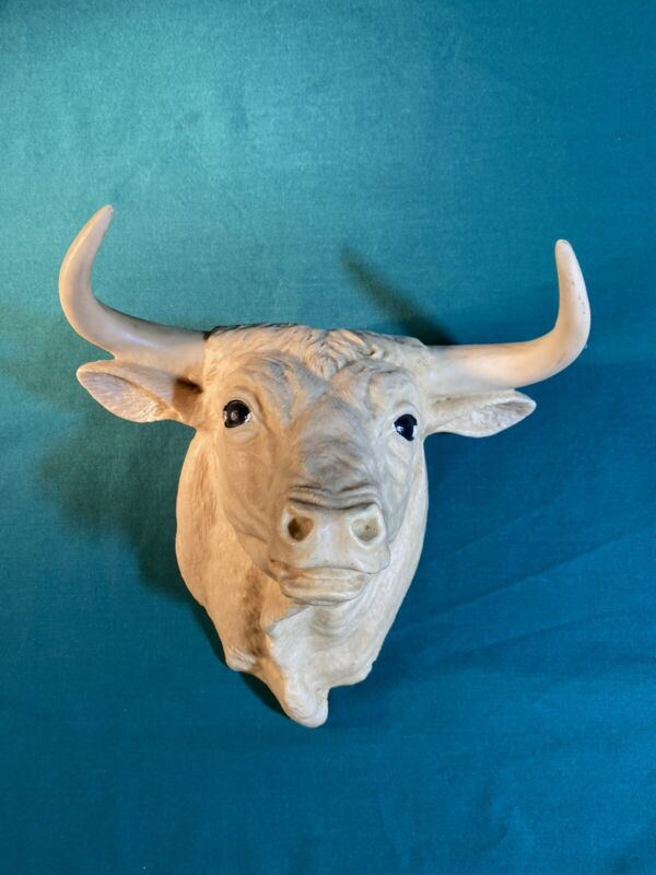 "Vintage Wall Mount Bull Steer Head Made Of Resin 9x8.5"""
