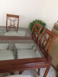 Alexander Julian Dining Table and 6 Chairs