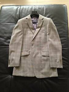 Missoni suit 100% authentic BRAND NEW retail over $600 Burns Beach Joondalup Area Preview