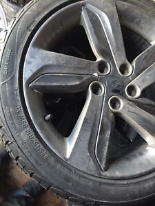"18"" Hyundai Veloster rims. Great shape"