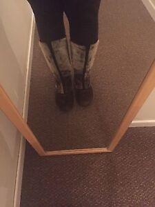 Sealskin boots size 8