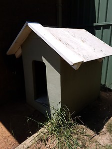 Large dog kennel Fraser Belconnen Area Preview