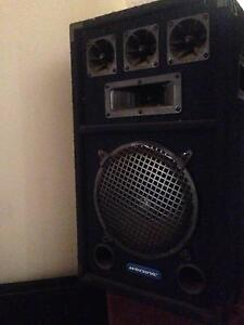 2 Large perfect out door or indoor Speakers Perth Perth City Area Preview