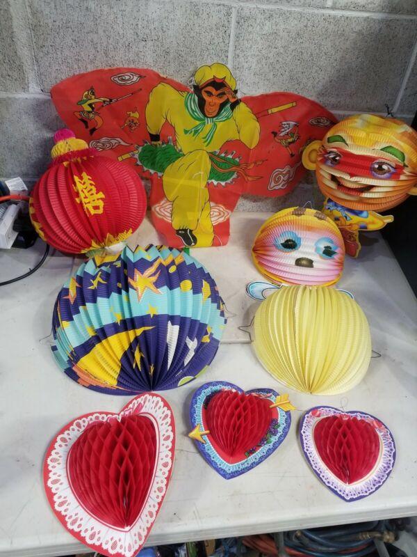 SET OF 8- Japanese DECORATIONS Honeycomb-USED-VINTAGE w/Kite